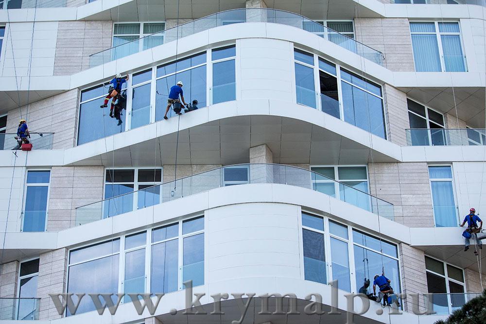 Мытье фасадов. Высотные работы.